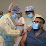 199-el-enfermero-matias-guaymas-fue-el-primer-trabajador-de-la-salud-en-recibir-ambas-dosis-de-la-vacuna-sputnik-v