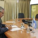 Alberto Fernández toma nota ante la titular del FMI